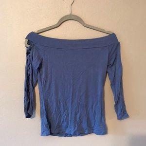 Off shoulder slim fitting top